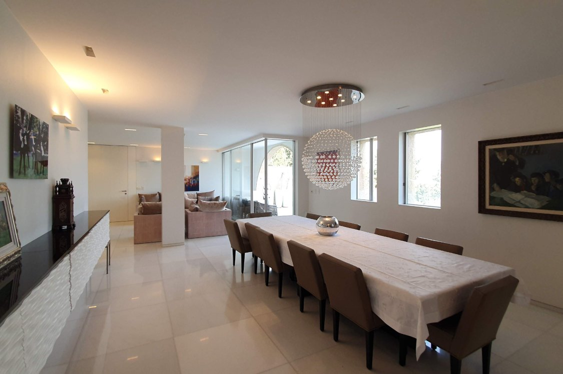 This apartment for sale in Talbiya Jerusalem is 300sqm and has two terraces.